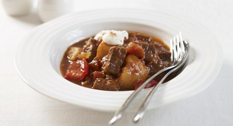 What Is a Good Recipe for Classic Hungarian Goulash?