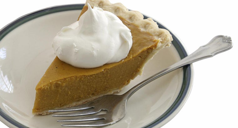 What Are Some Pumpkin Recipes That Use Cool Whip?