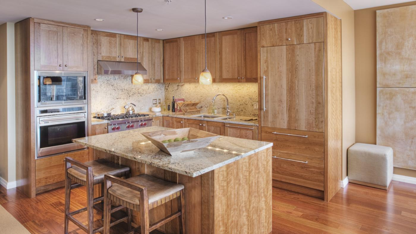 What Are Some Good Wood Cabinet Cleaners According to Experts?