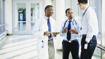 How Do You Become a Health Care Consultant?