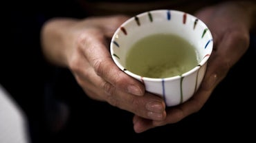 Are There Any Negative Side Effects of Drinking Green Tea?