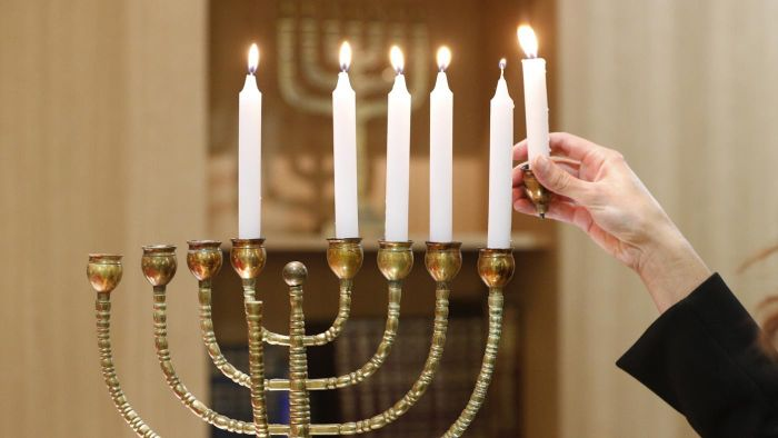 What Date Was Hanukkah on in 2014?