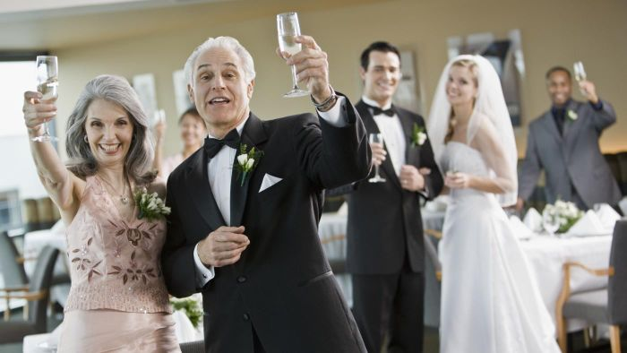 How do you give the perfect wedding toast?