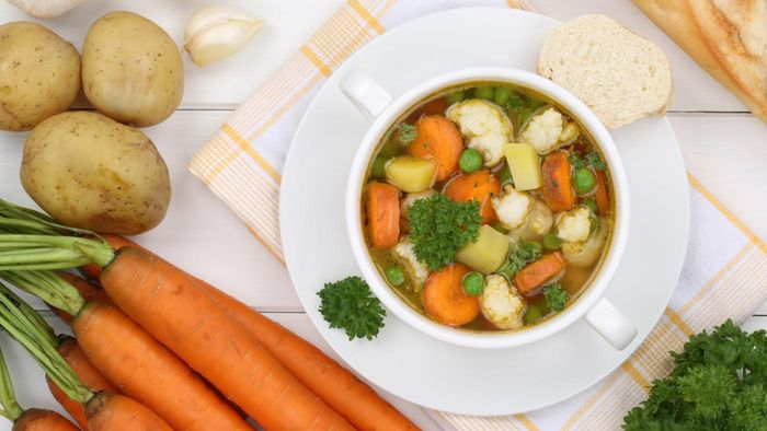 What Ingredients Are in the Healthiest Vegetable Soup Recipes?