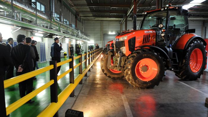 Which Companies Manufacture Kubota Aftermarket Cabs?
