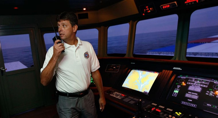 How Do You Apply for an Offshore Merchant Marine Job?