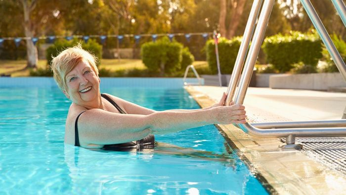 What Are Some Benefits of Senior Living Communities?