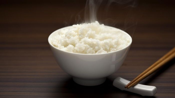 What Are Some Easy Recipes That Include White Rice?
