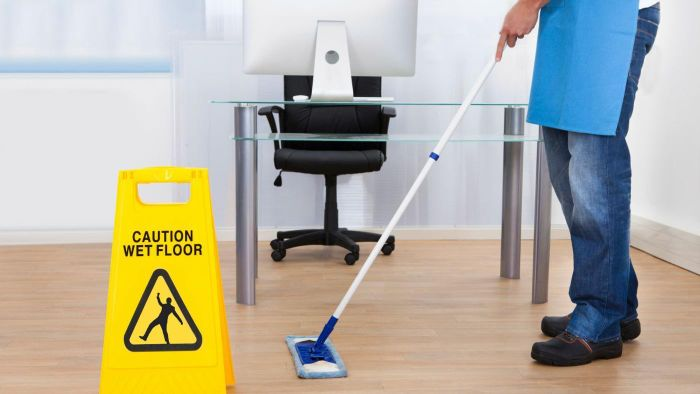 What Qualifications Are Needed to Apply for Office Cleaning Jobs?
