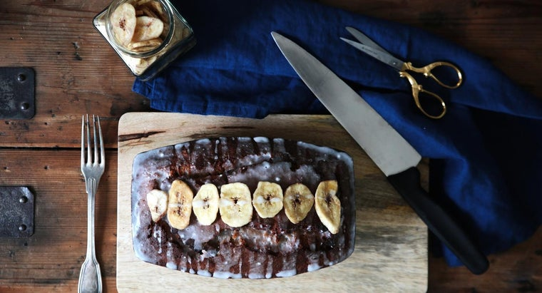 What Is a Quick Banana Cake Recipe?