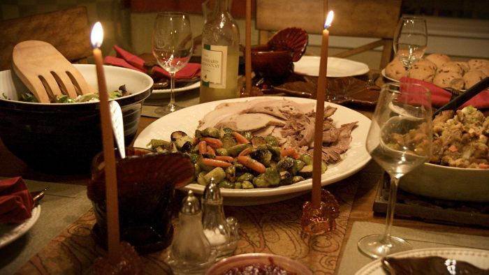 What Are Some Popular Thanksgiving Phrases?