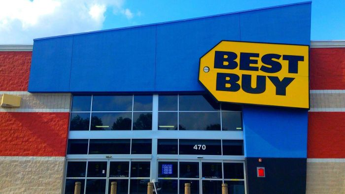 How Do You Locate the Nearest Best Buy Store?