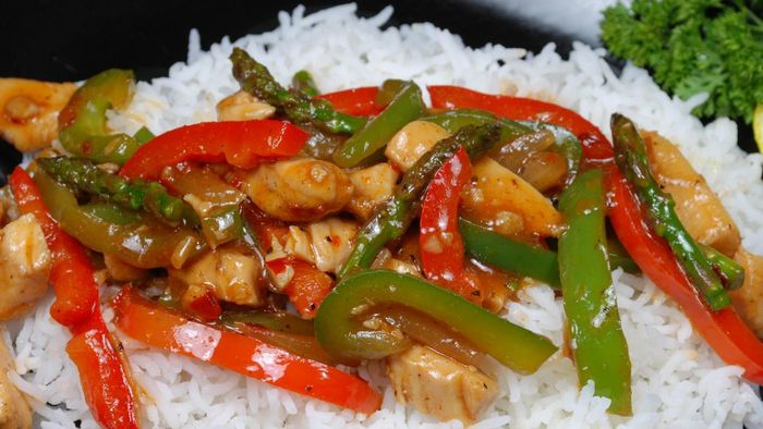 What Are Some Good Recipes for Chicken and Veggie Stir Fry?