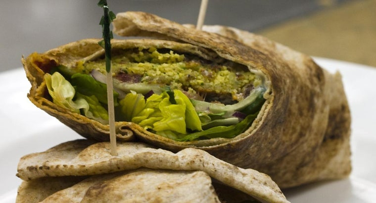 What Are Some Different Types of Falafel Recipes?