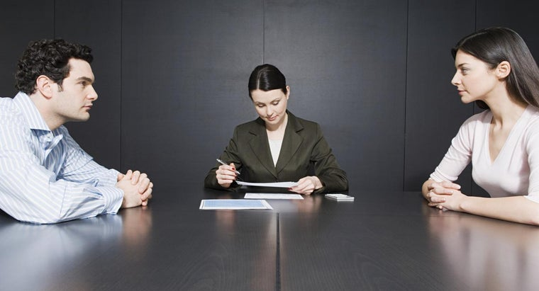 What Are Good Questions to Ask a Divorce Lawyer?