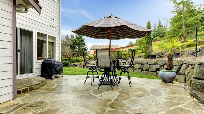 How Do You Paint an Outdoor Concrete Patio?