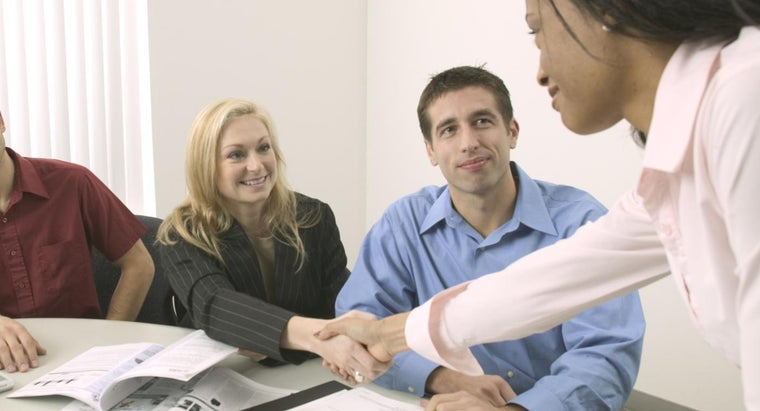 What Should You Include on a New Employee Hiring Checklist?