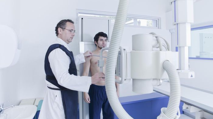 What Are the Requirements for Becoming an X-Ray Technician?