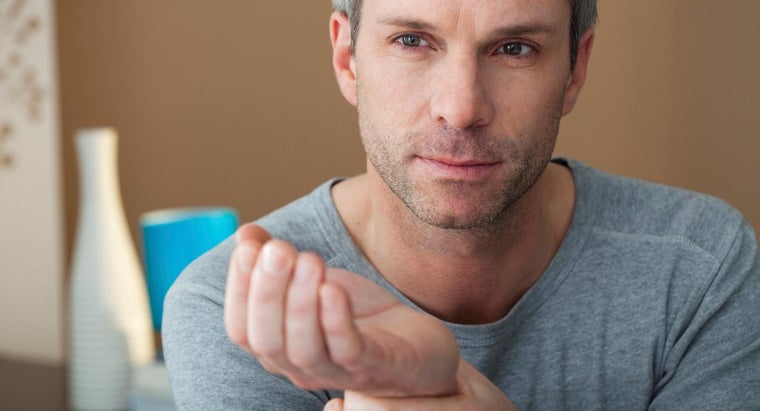 What Treatment Is Best for Hand and Wrist Pain?
