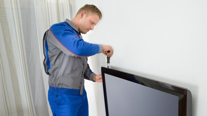What Are Some Troubleshooting Tips for a Samsung TV?