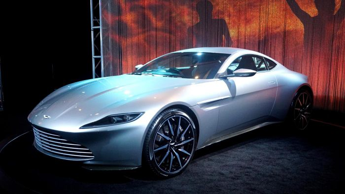 What Are Some Manufacturers of Luxury Cars?