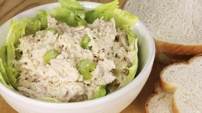 What Is Paula Deen's Recipe for Tuna Salad?