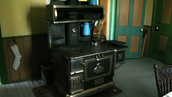 What Cleaning Products Are Safe to Use on a Vintage Cast Iron Stove?