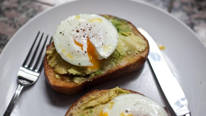 What Are Some Healthy Breakfast Recipes for Those Suffering From Diabetes?