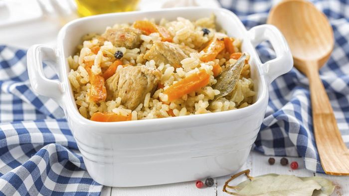 Where Can You Find Easy Recipes for Chicken and Rice Casserole?