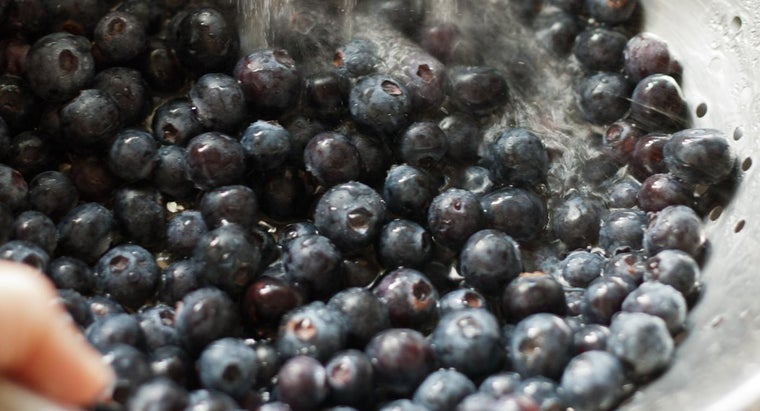What Is a Recipe for Blueberry Dump Cake?