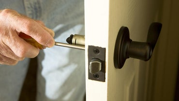 Where Can You Find a Professional to Repair a Door Lock?