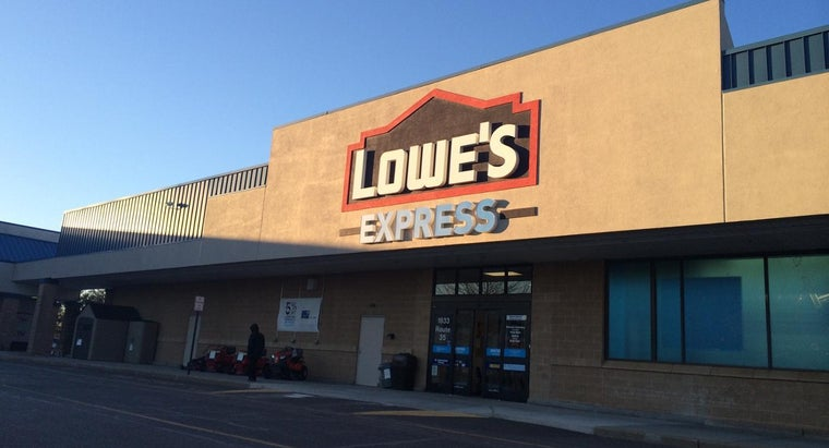 What Plumbing Supplies Does Lowes Carry?