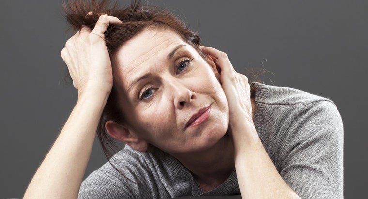 At What Age Do Women Experience Early Signs of Menopause?