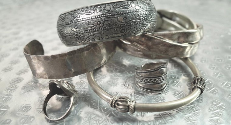 What Is the Current Price of Silver Per Ounce?