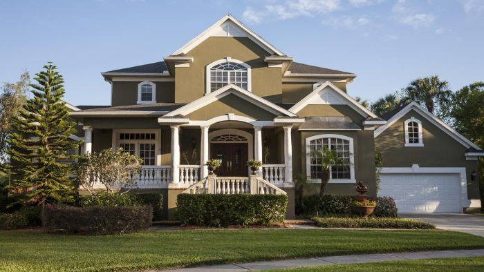 Where can you rent houses in Tampa, Florida?