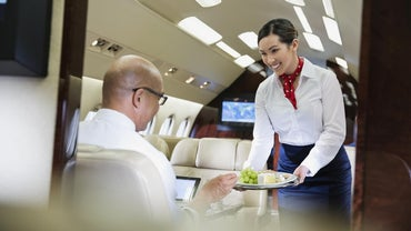 How Do You Become a Flight Attendant in Canada?