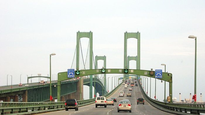 Is There a Memorial Bridge in Delaware?