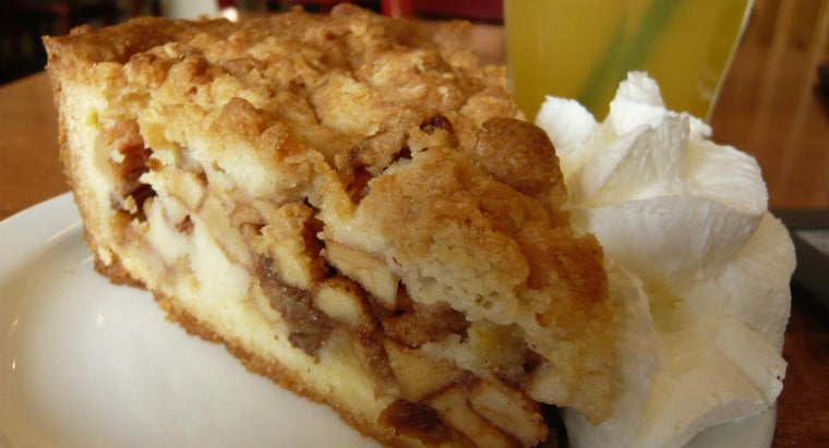 Where Can You Find Recipes for a Dutch Apple Crumb Pie?