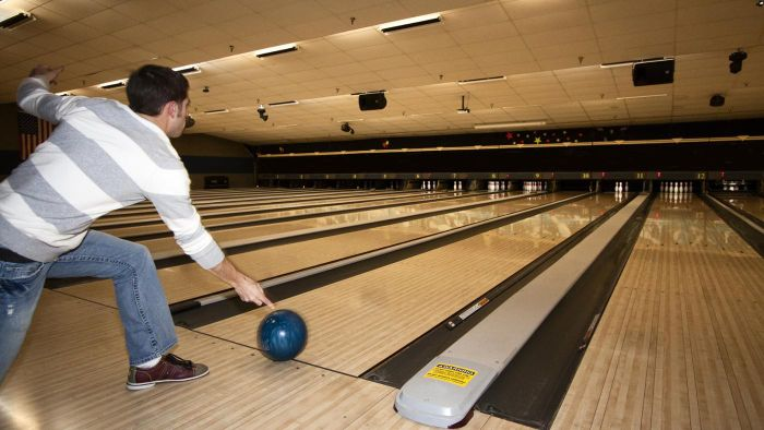 What Are Some Tips for Capturing a Good Picture or Image of Bowling in Action?