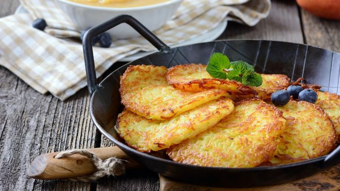 How do you make crispy potato pancakes?