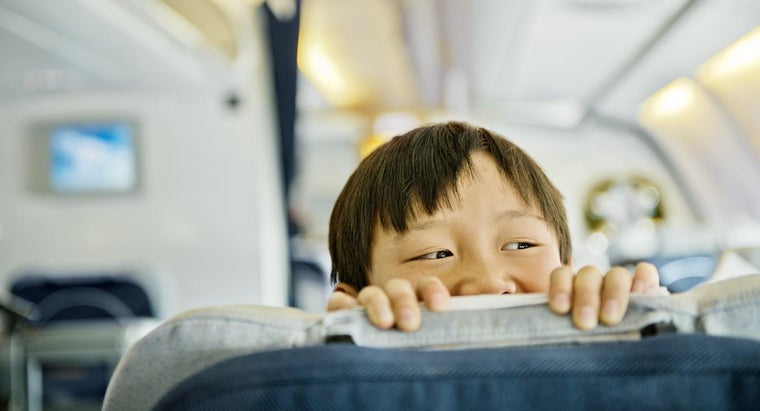 Do Children Need an Parental Consent Form to Travel Alone on an Airplane?