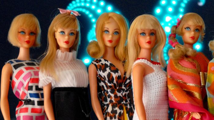 How can you find free Barbie doll patterns?