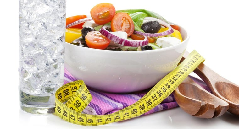 How Do You Use a Calorie Chart to Help With Weight Loss?