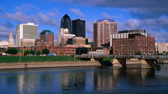 What Are Some Realty Companies in Des Moines, Iowa?