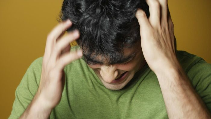 What Are the Most Common Home Remedies for an Itchy Scalp?