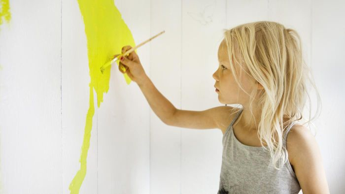 How Do You Paint Designs on Your Walls?
