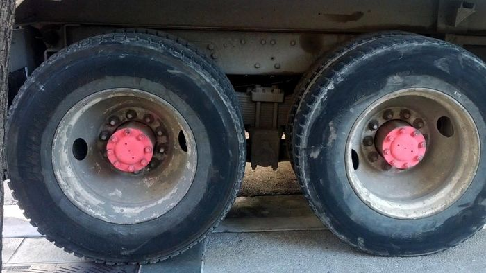 How Can You Clean Used Truck Rims?