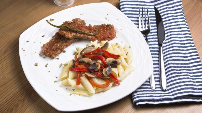 What Is a Simple Recipe for Veal Scallopini?