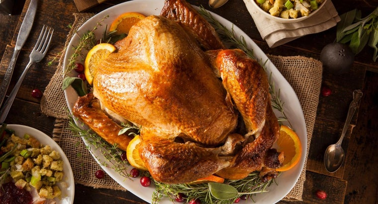What Is a Good Method for Cooking a Fresh Turkey?