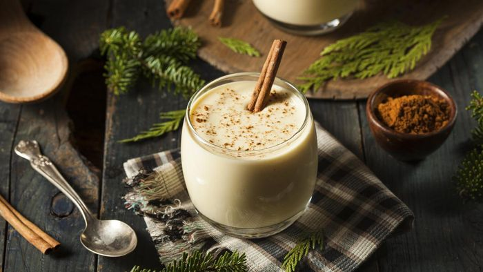 How Do You Make Homemade Eggnog?